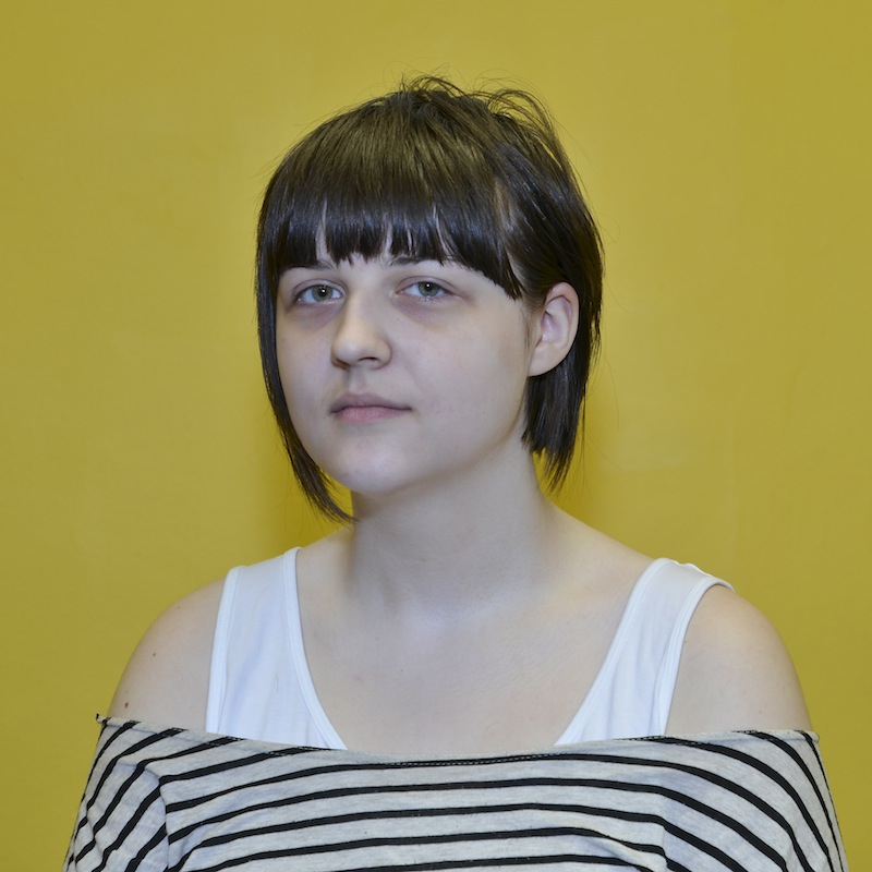 """Warsztaty fotograficzne """"Portrety na żółtym tle"""""""